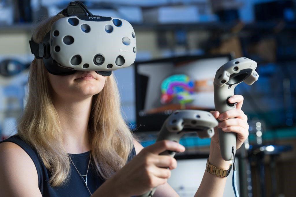 Virtual Reality and human anatomy